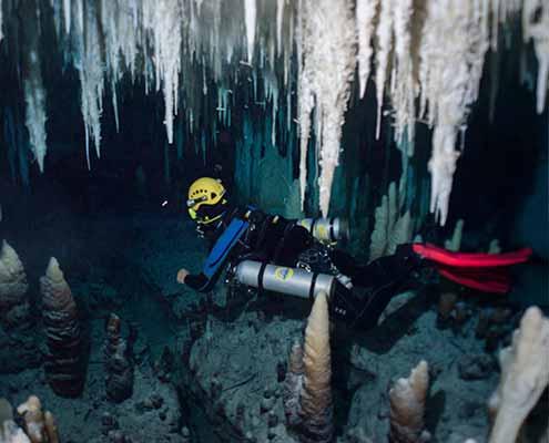 cave-diving-mallorca