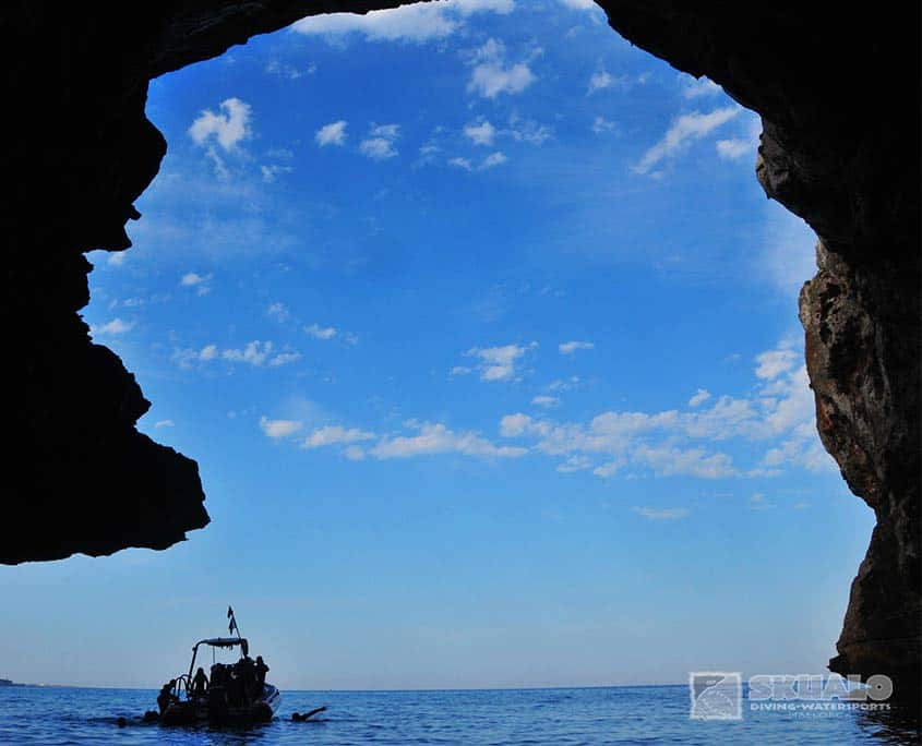 the-sea-cave-mallorca-4