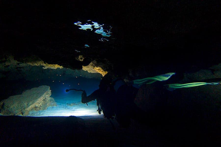 padi-cavern-diver-specialty-mallorca
